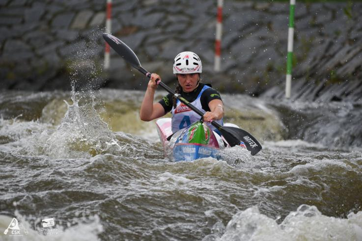 barbora dimovova canoe kayak wildwater downriver czech republic nominee junior award world paddle awards